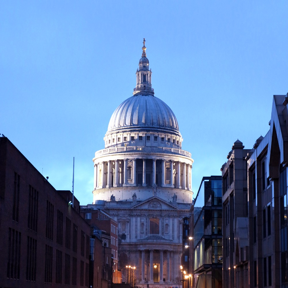 St Paul's Cathedral, Double-Barrelled Travel
