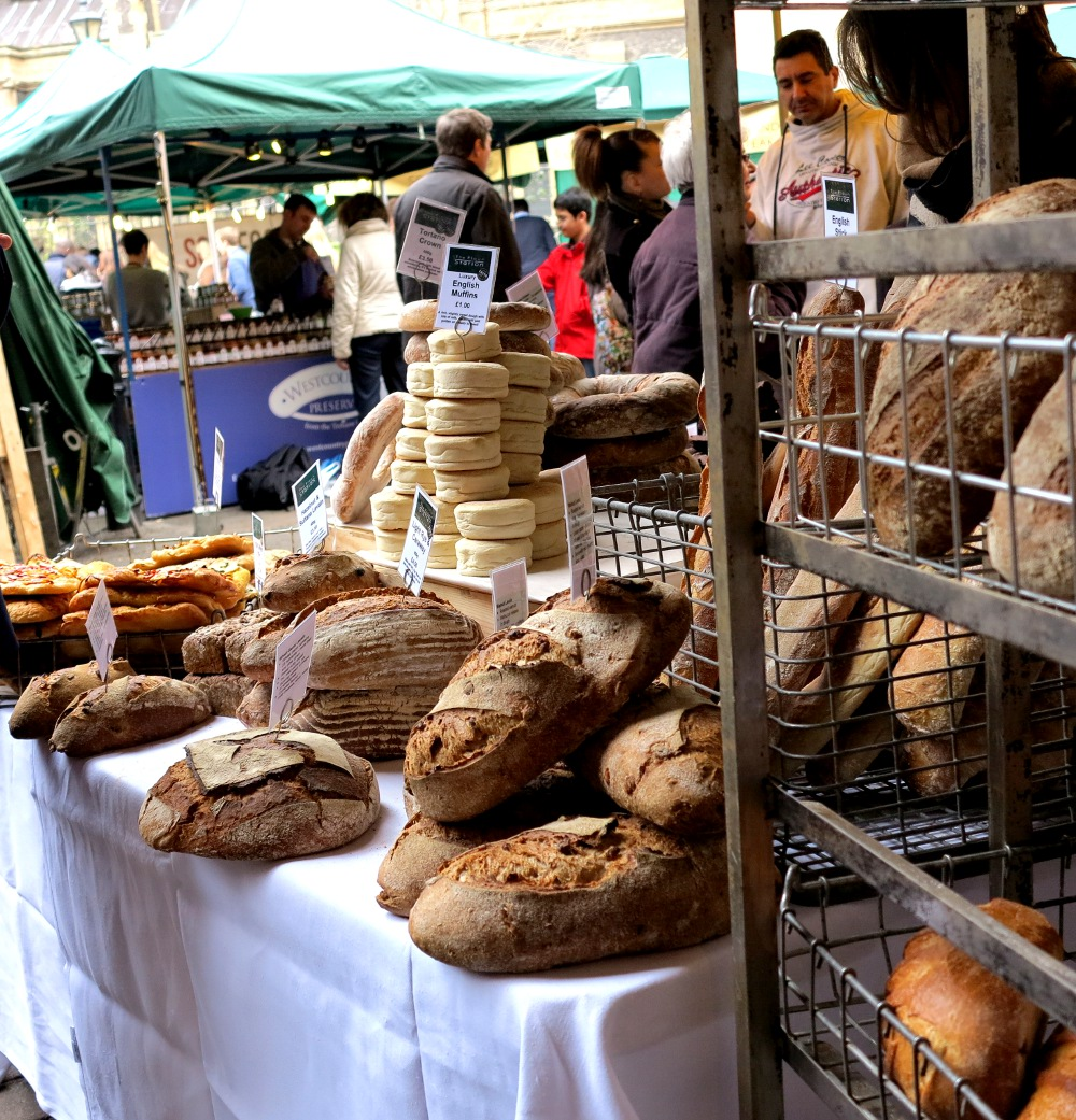 Bread for sale at Borough Market Double-Barrelled TravelBread for sale at Borough Market Double-Barrelled Travel