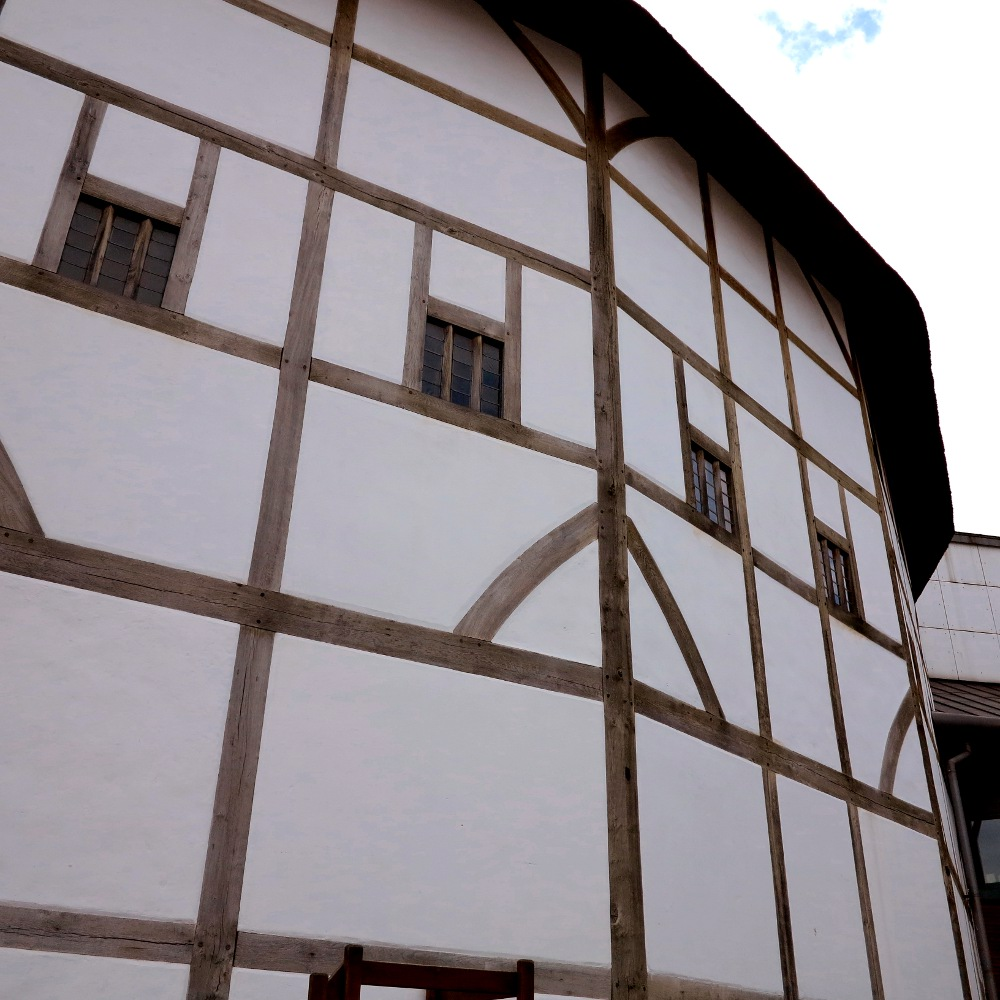globe theatre Double-Barrelled Travel