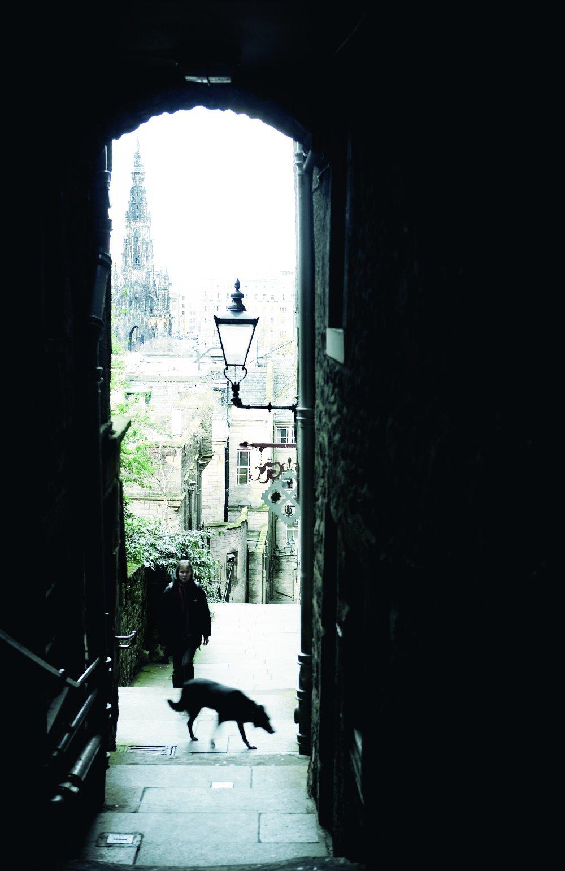 Ghost tour Edinburgh Double-barrelled Travel