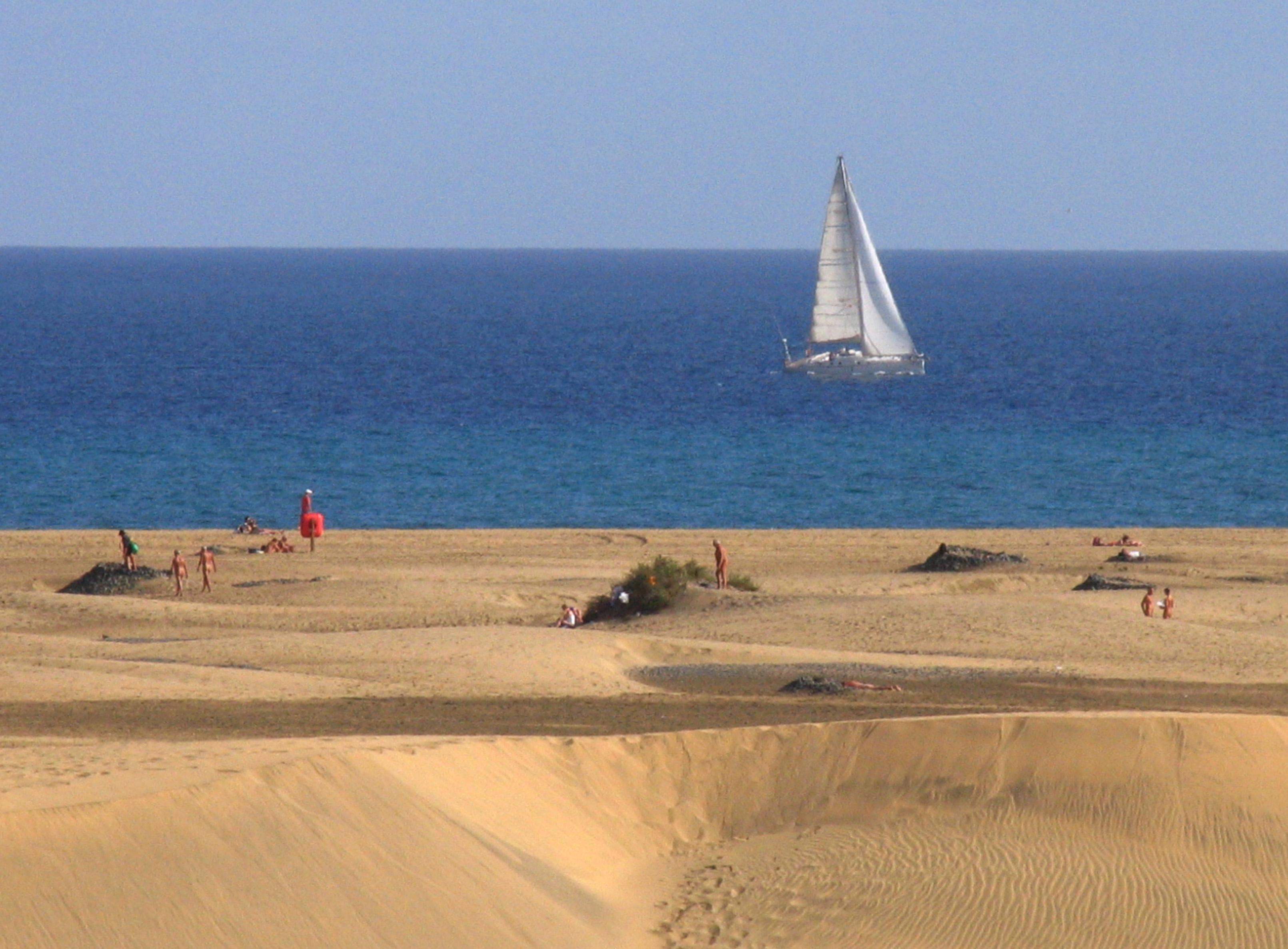 Sand dunes Gran Canaria Double-Barrelled Travel