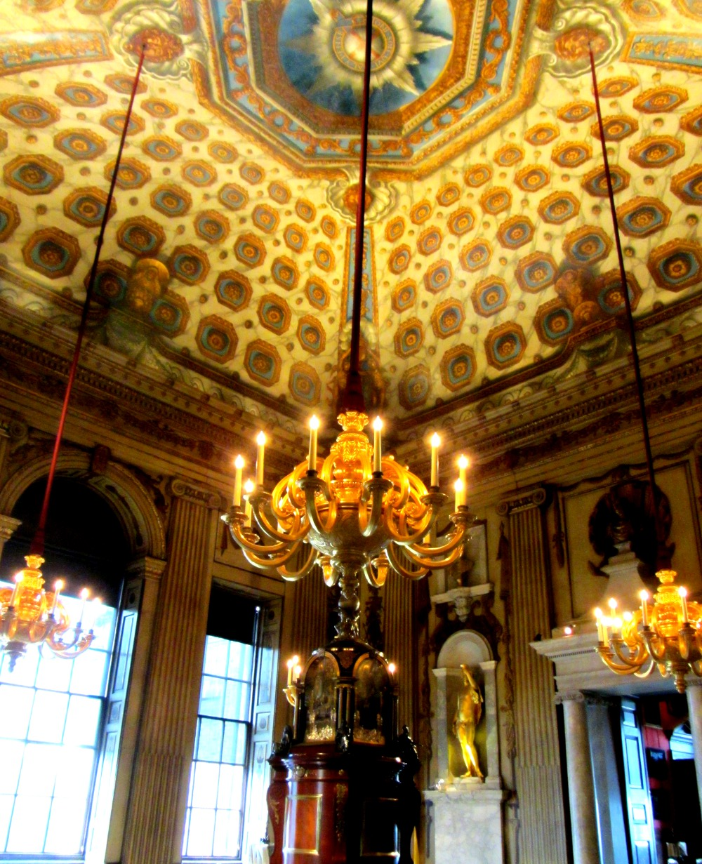 chandeliers of Kensington Palace Double Barrelled Travel