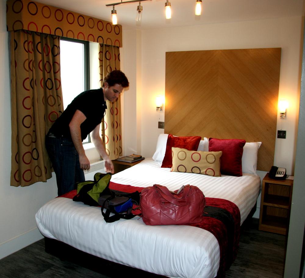 leeds accommodation Double-Barrelled Travel