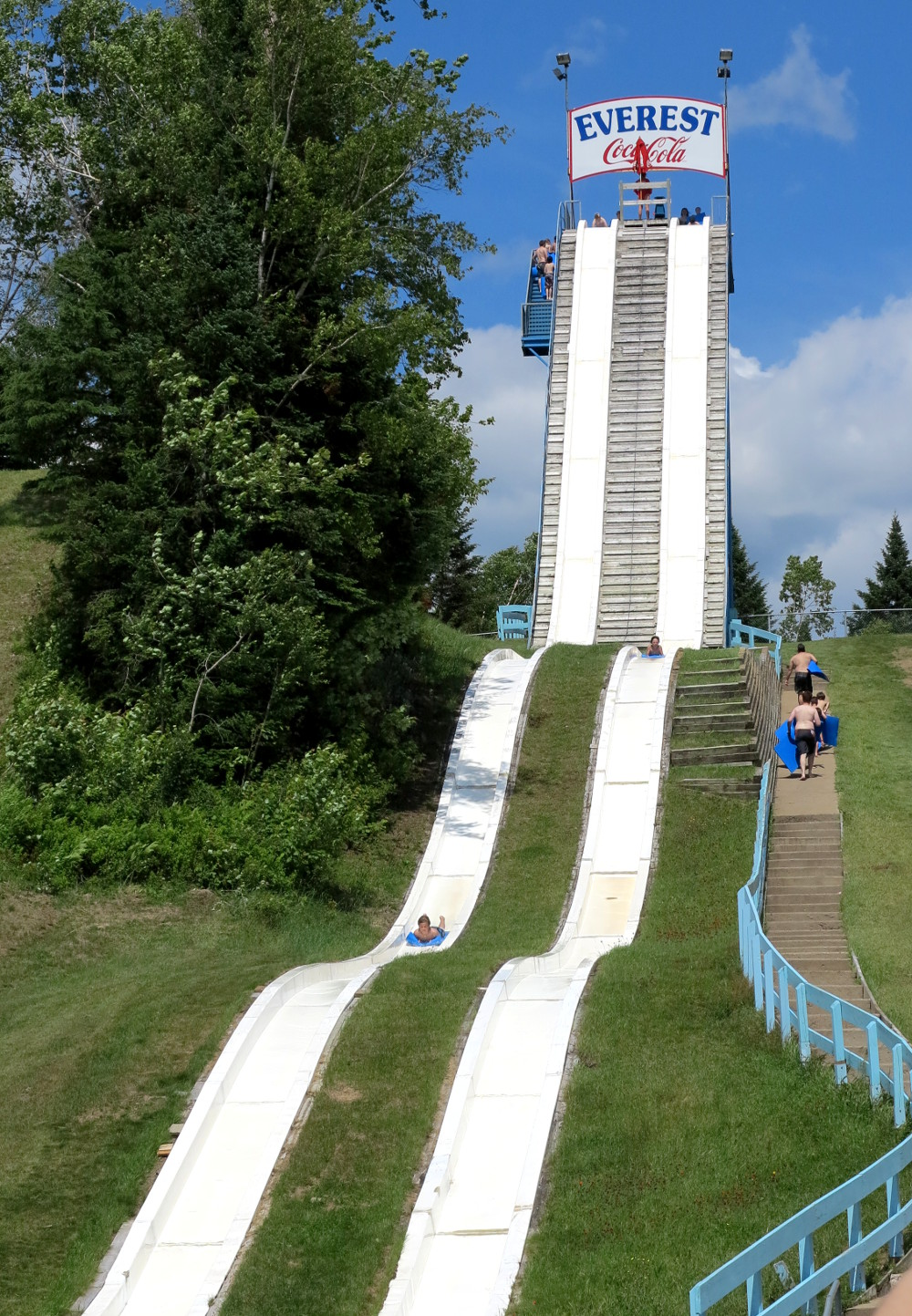 Everest at Village Vacances Valcartier Double-Barrelled Travel