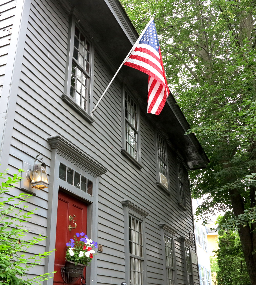 American house in Rhode Island Double-Barrelled Travel