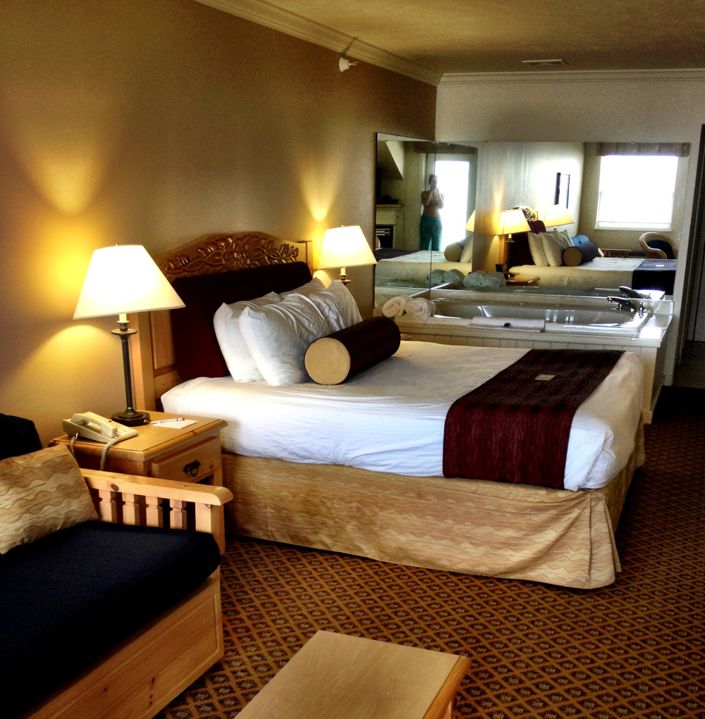 Cherry Inn and Suites Traverse City Double-Barrelled Travel