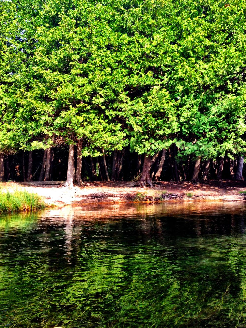 Beautiful scenery Crystal River Glen Arbor Double-Barrelled Travel