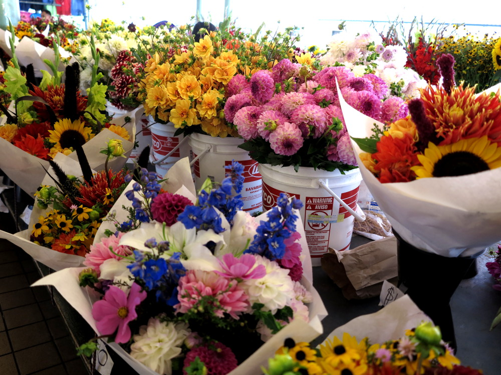 Flowers at Pike Place Market in Seattle Double-Barrelled Travel2