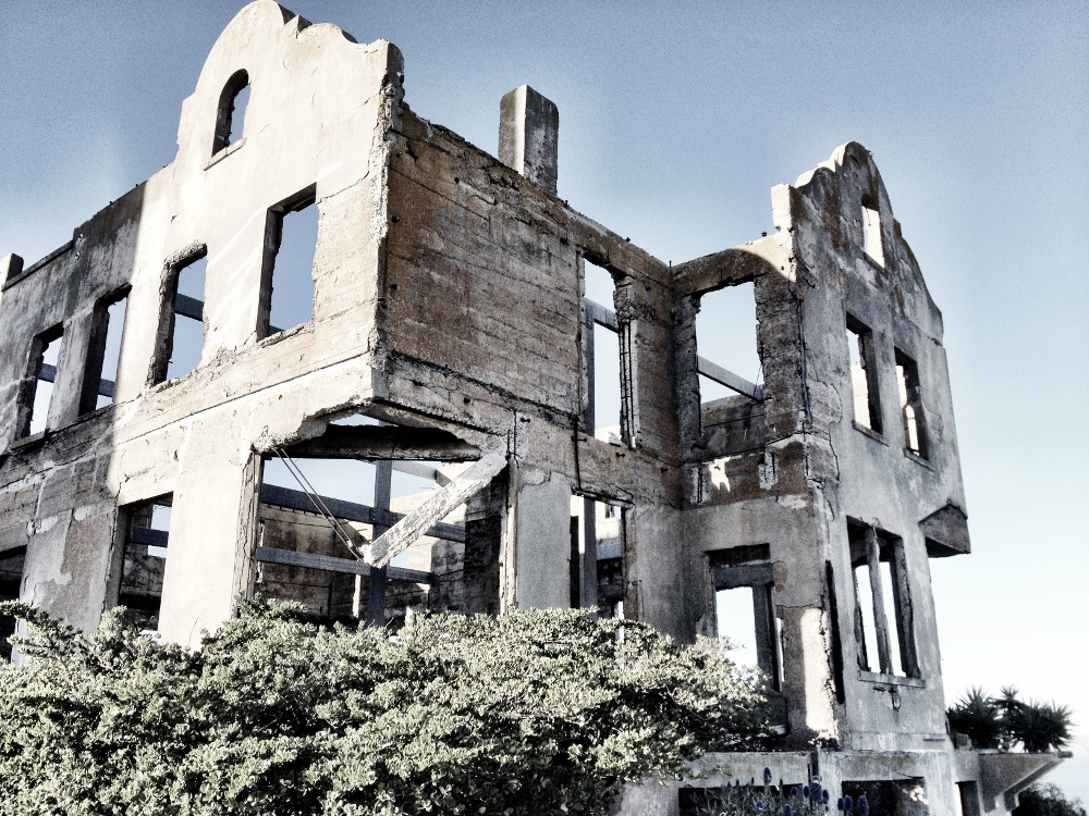 Abandoned building on Alcatraz Double-Barrelled Travel