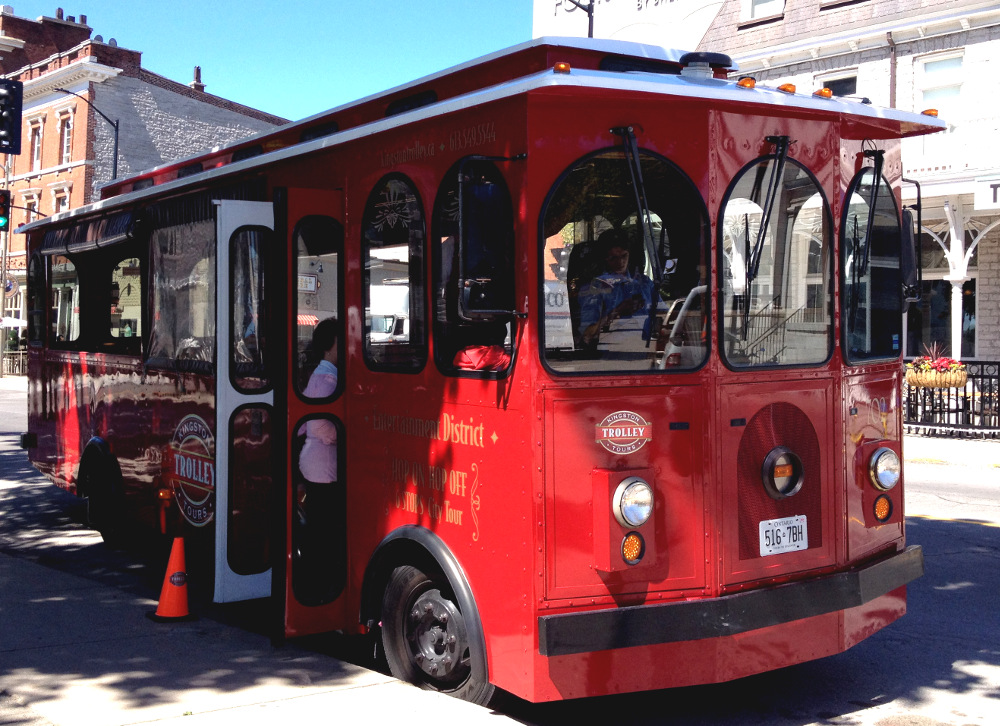 Trolley tour in Kingston Canada Double-Barrelled Travel