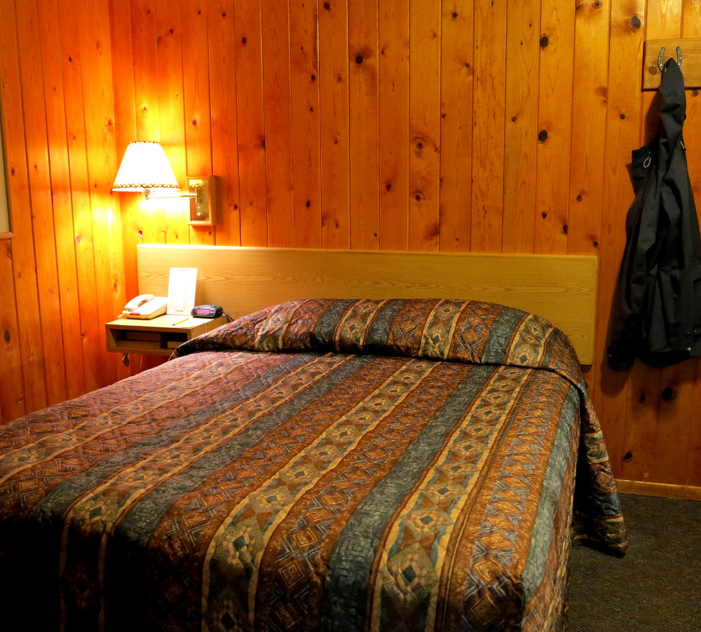 Bedroom at the Redstone Inn in Moab Double-Barrelled Travel