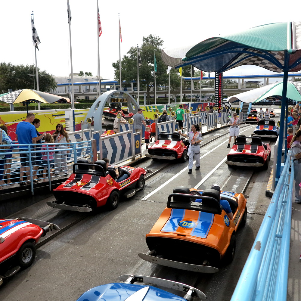 Racing cars Disney Double-Barrelled Travel