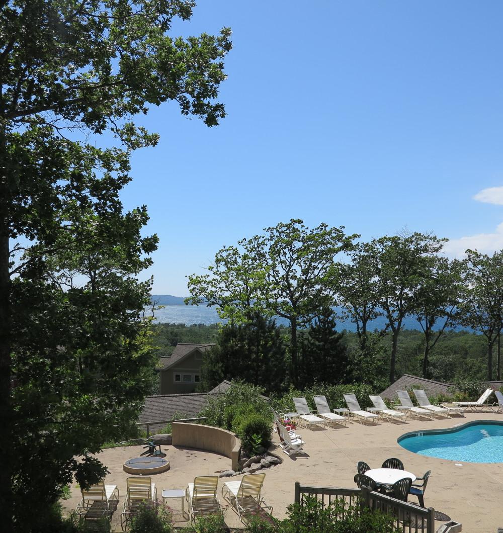The Homestead Glen Arbor Double-Barrelled Travel