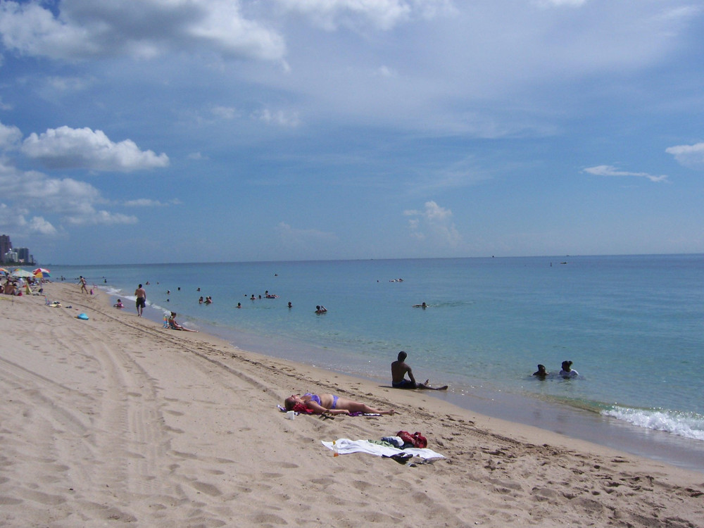 Beach Double-Barrelled travel