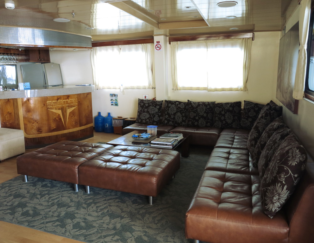 Lounge area Seaman II Galapagos Double-Barrelled Travel