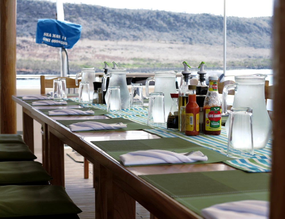 Outside dining Seaman II Galapagos Double-Barrelled Travel