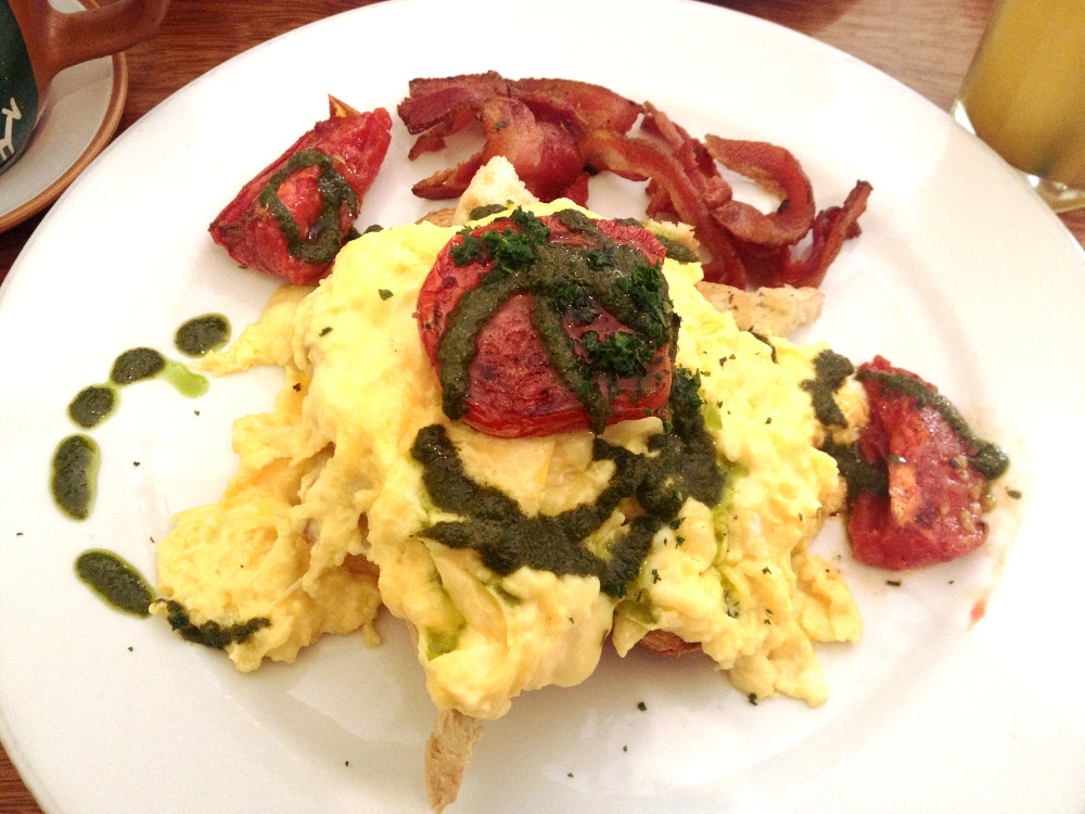 Scrambled eggs with pesto and bacon Jack's Cafe Cuzco Double-Barrelled Travel