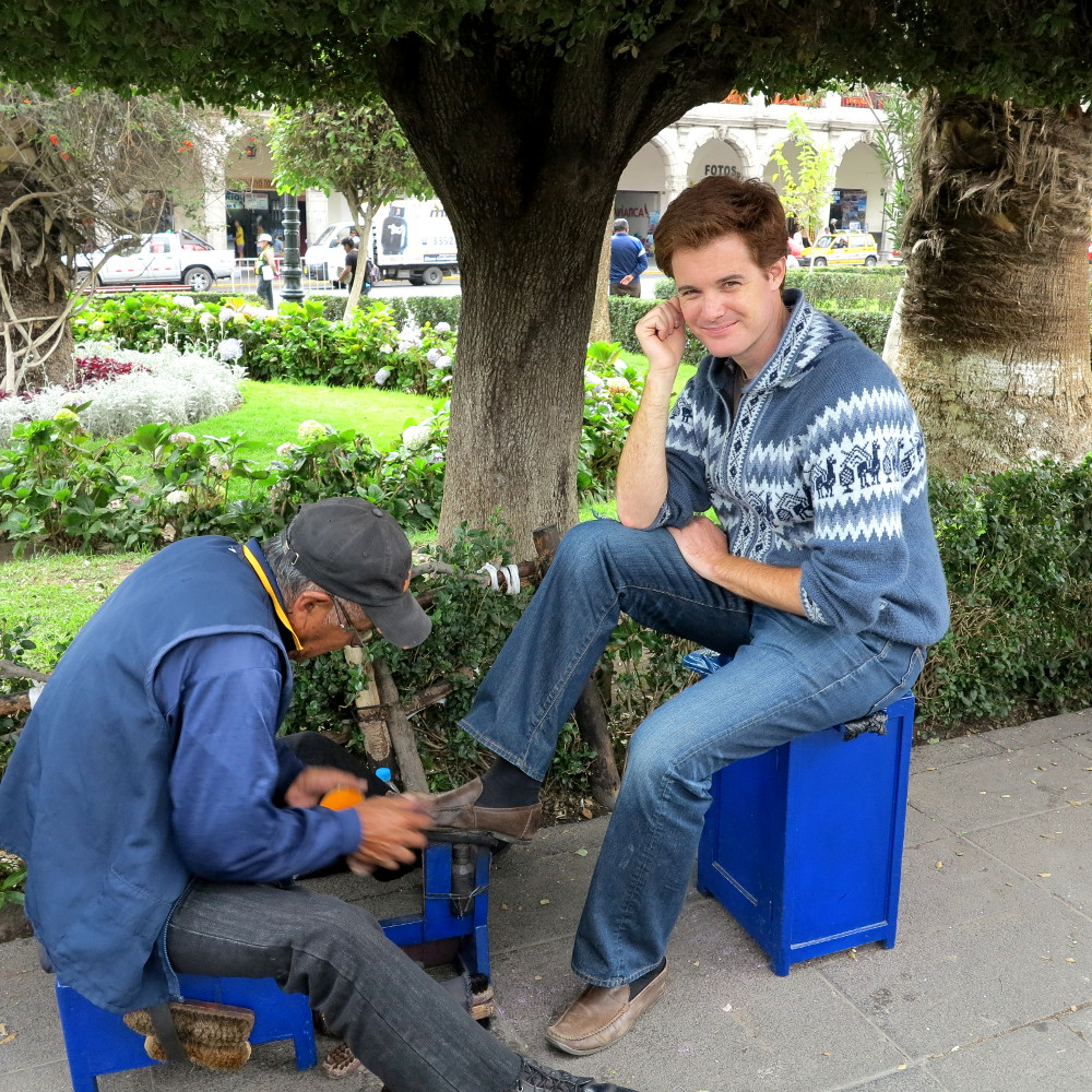Shoe shiner Arequipa main square Double-Barrelled Travel