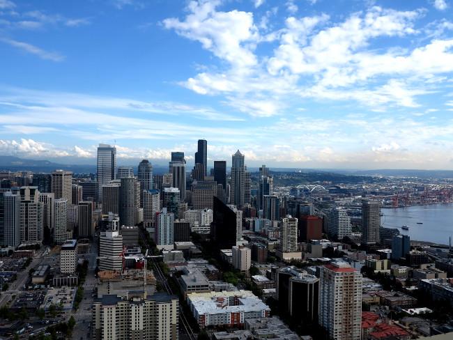 Seattle skyline Double-Barrelled Travel