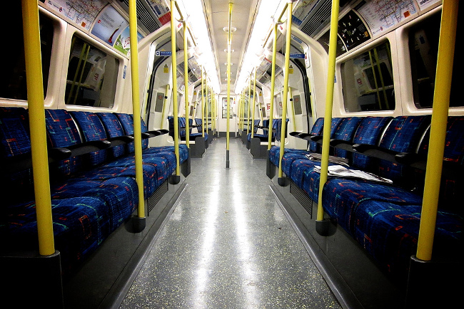 UK travel tips tube Double-Barrelled Travel