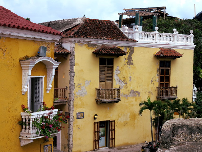 Cartagena apartments Double-Barrelled Travel