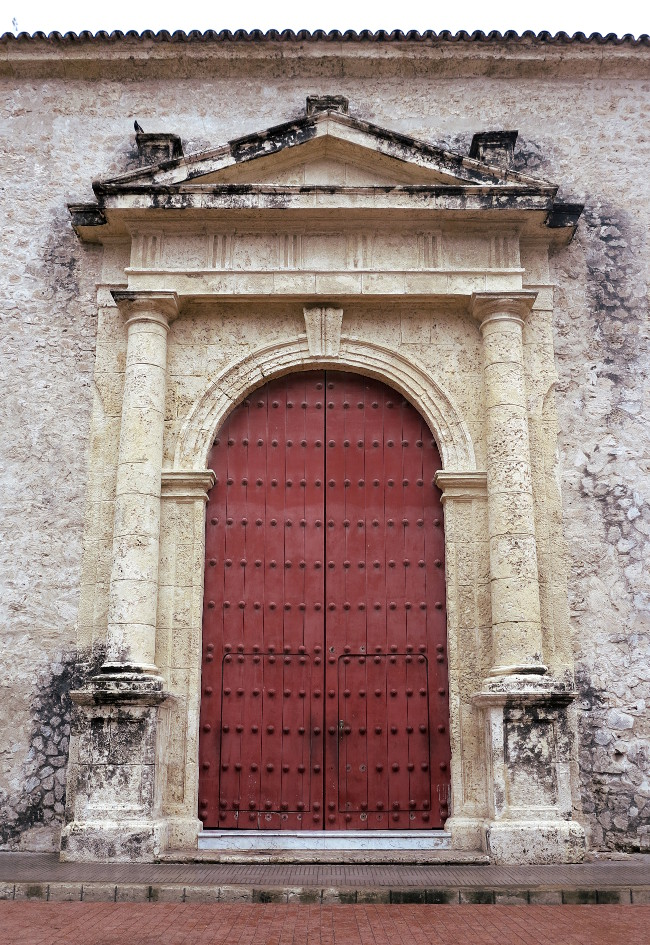 Cartagena church door Double-Barrelled Travel