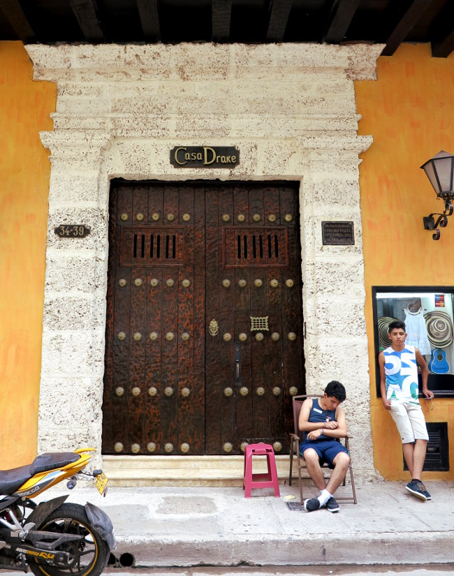 Cartagena doorway2 Double-Barrelled Travel