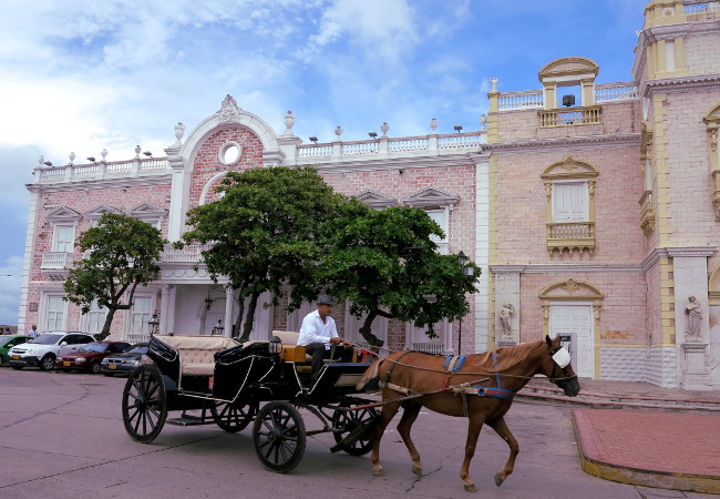 Cartagena town square horse Double-Barrelled Travel