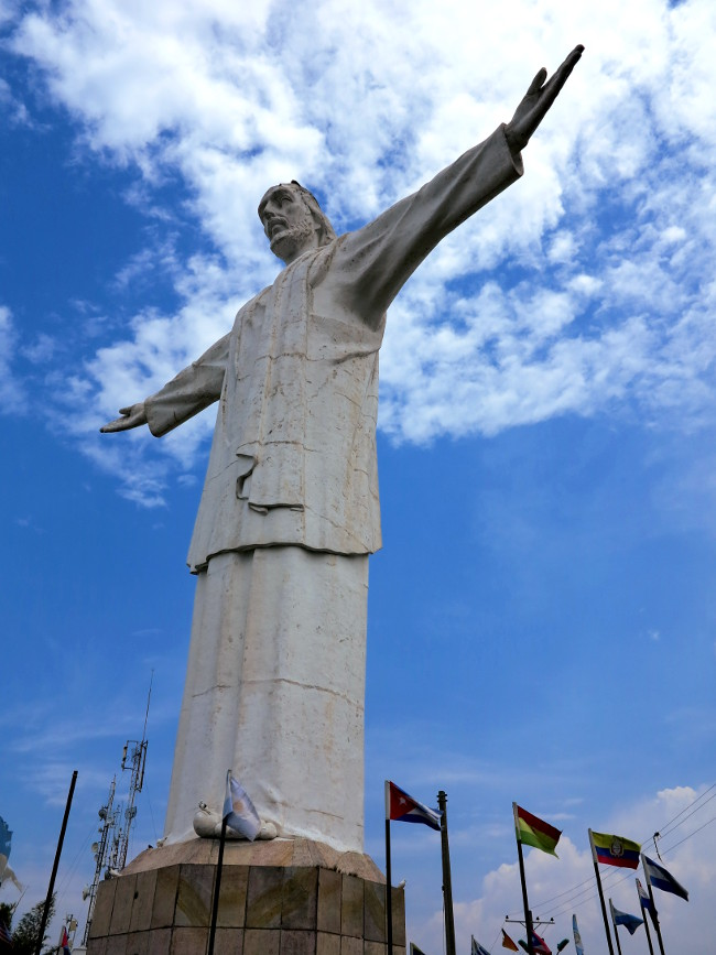 Cristo Rey statue Cali Colombia Double-Barrelled Travel
