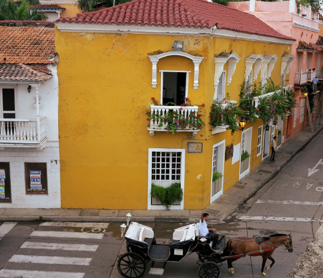 horse and cart Cartagena Double-Barrelled Travel