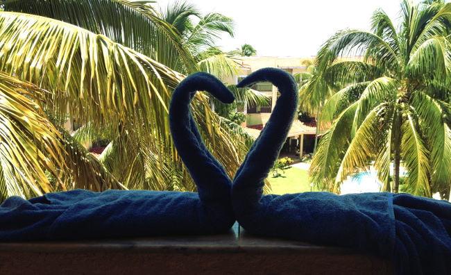 Belive Resort towel art cuba Double-Barrelled Travel