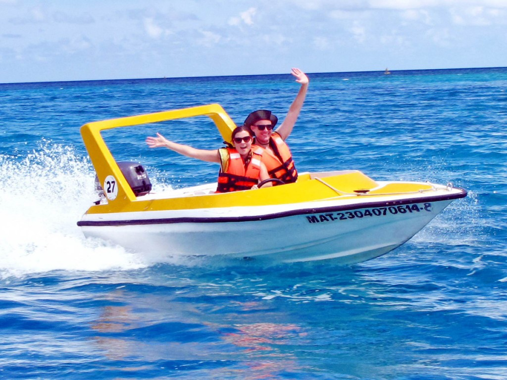Speed boat Cozumel Double-Barrelled Travel