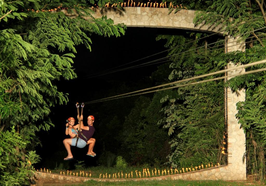 Zipline Xplor Fuego Double-Barrelled Travel
