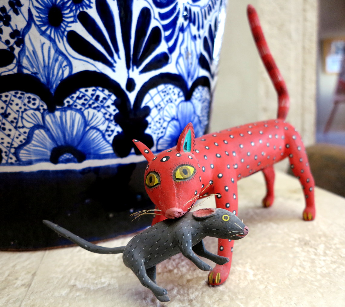 Casa de los Venados Mexican folk art cat Double-Barrelled Travel