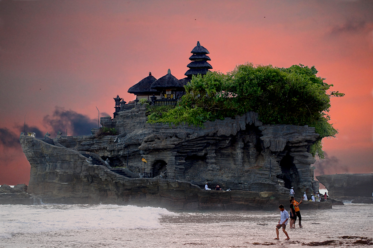 Balinese temple Double-Barrelled Travel