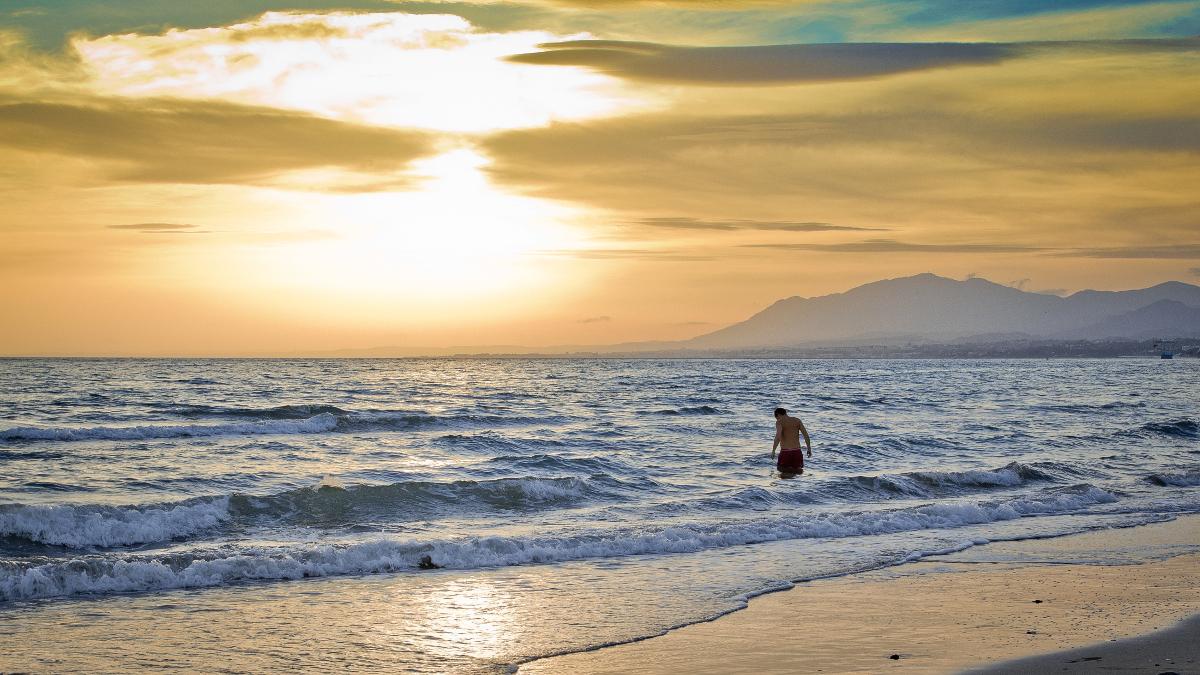 Malaga beach Double-Barrelled Travel Hernán Piñera Flickr
