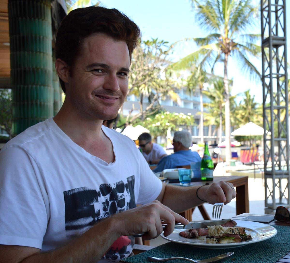 W Retreat Sunday Brunch Bali Double-Barrelled Travel