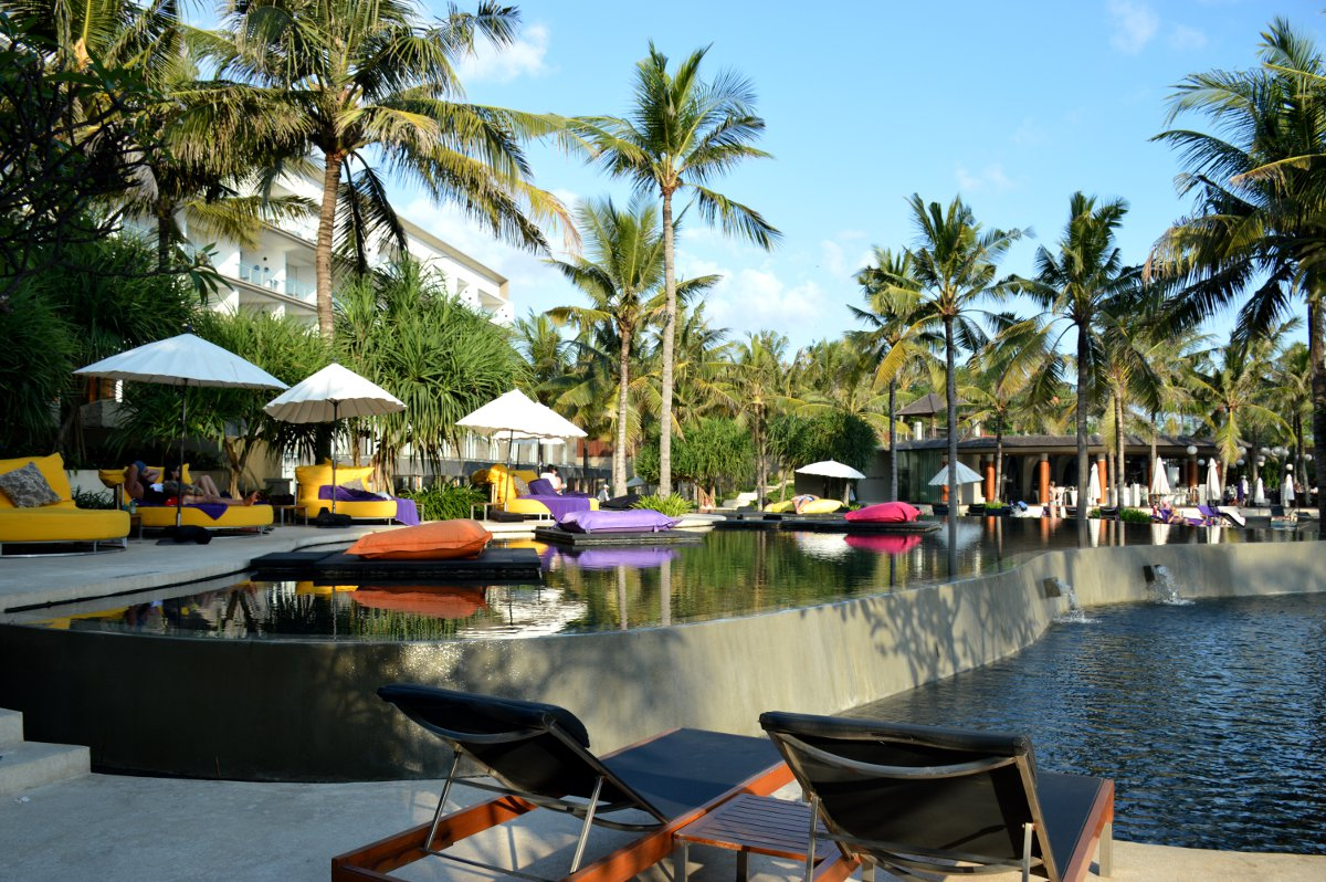 W Retreat and Spa Seminyak Double-Barrelled Travel
