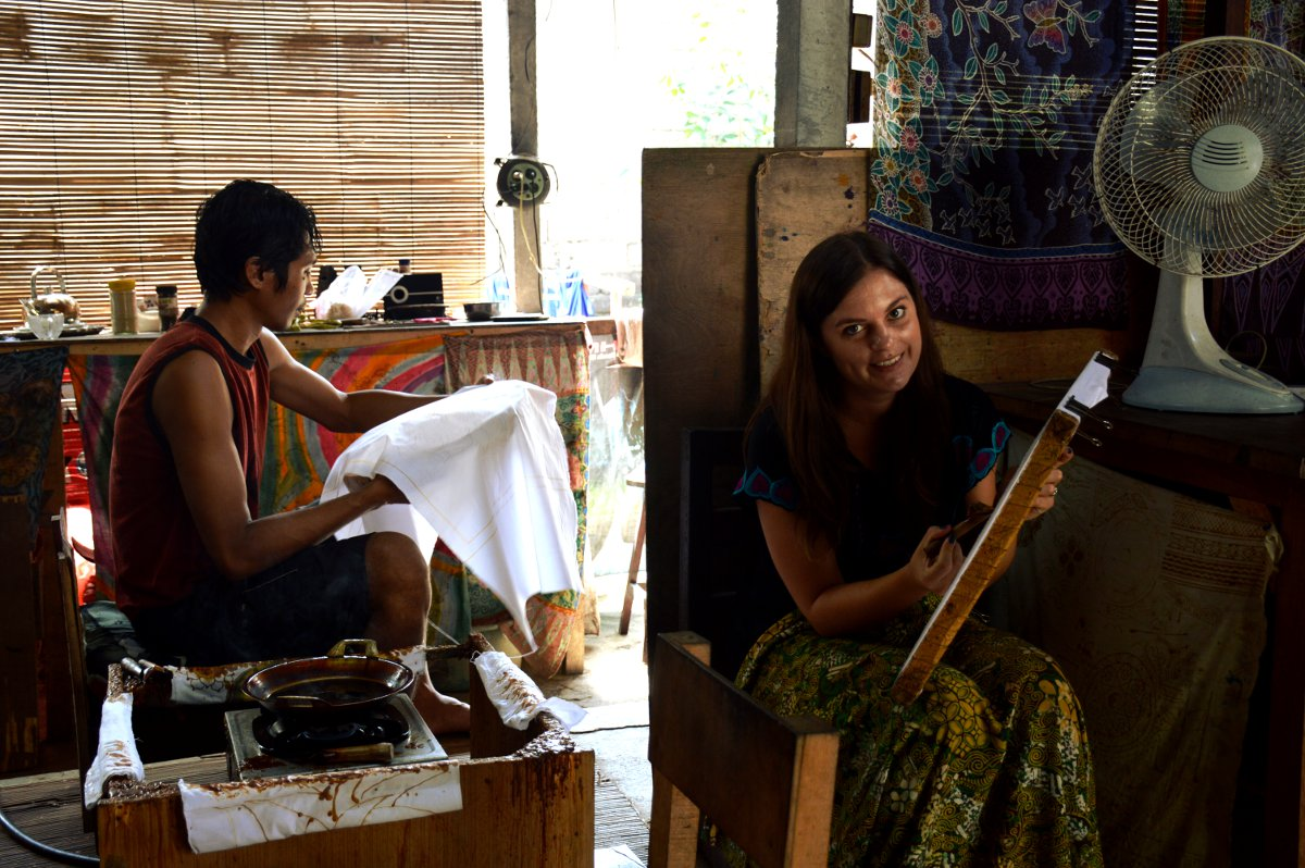Batik painting studio Ubud Double-Barrelled Travel