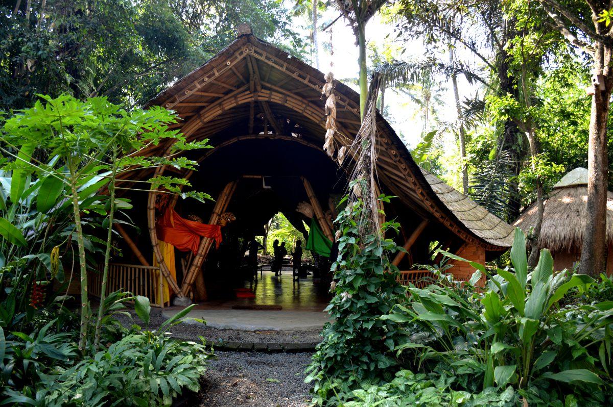 Green school building  design Bali Double-Barrelled Travel