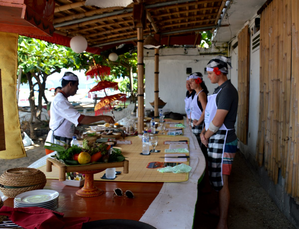 Le Zat cooking class Double-Barrelled Travel