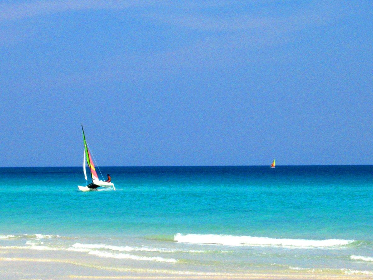 Playa del Este Cuba Maria de las Mercedes Double-Barrelled Travel