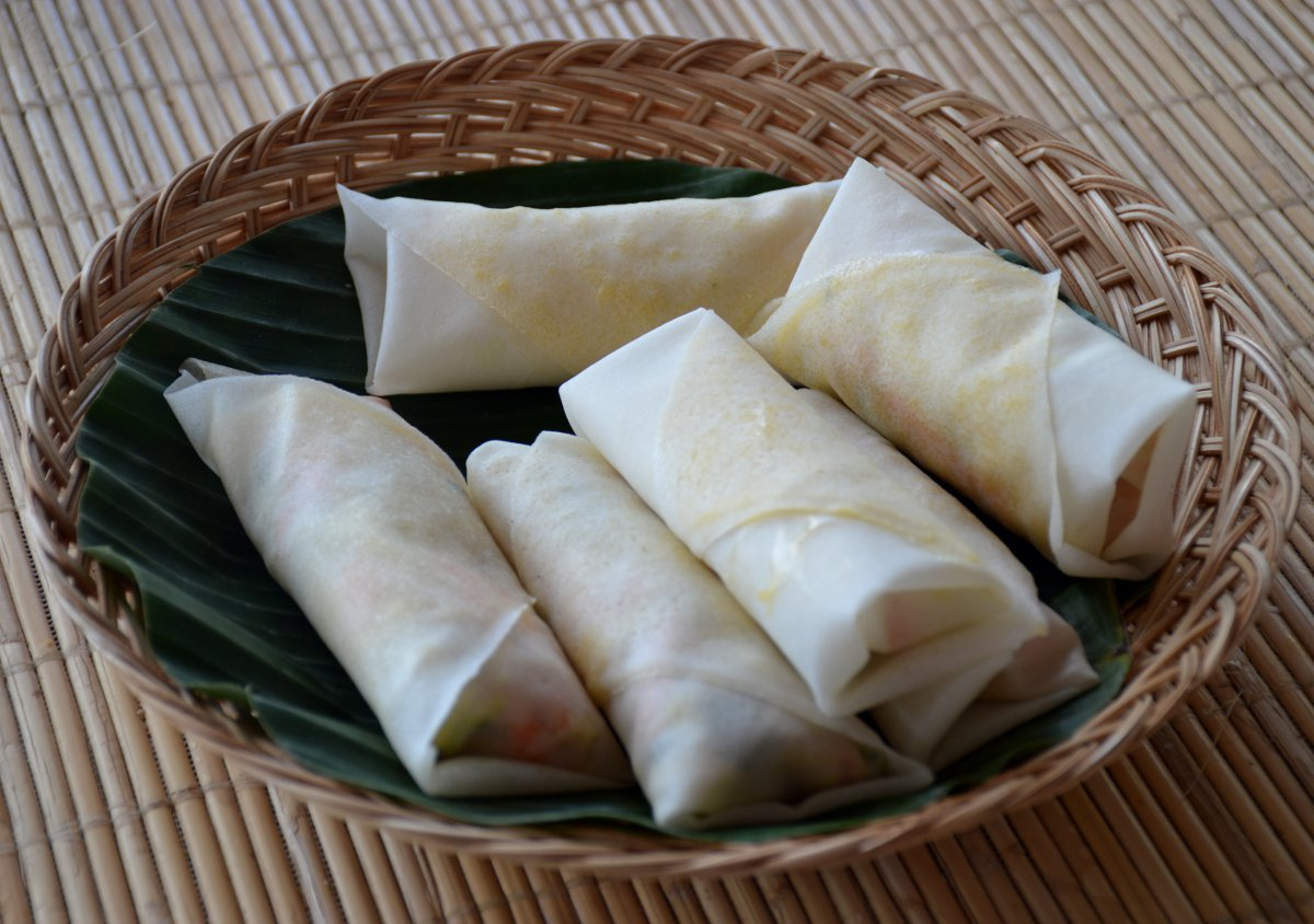 Spring rolls Le Zat cooking class Double-Barrelled Travel