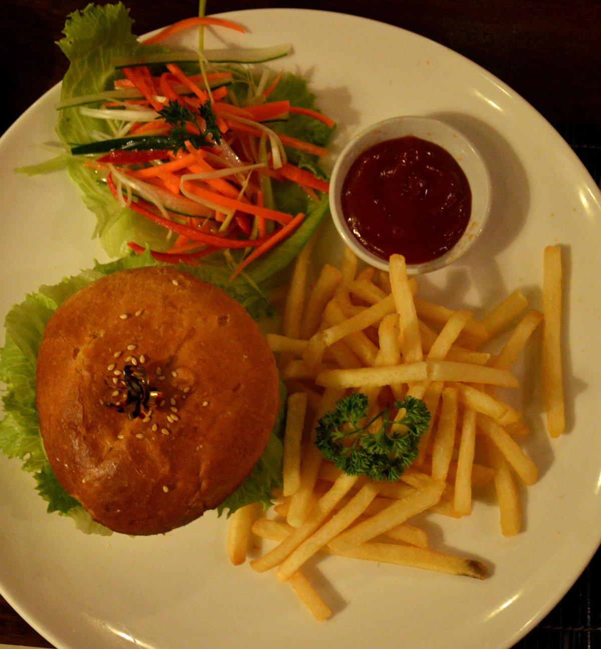 Villa Kubu Seminyak Bali burger Double-Barrelled Travel