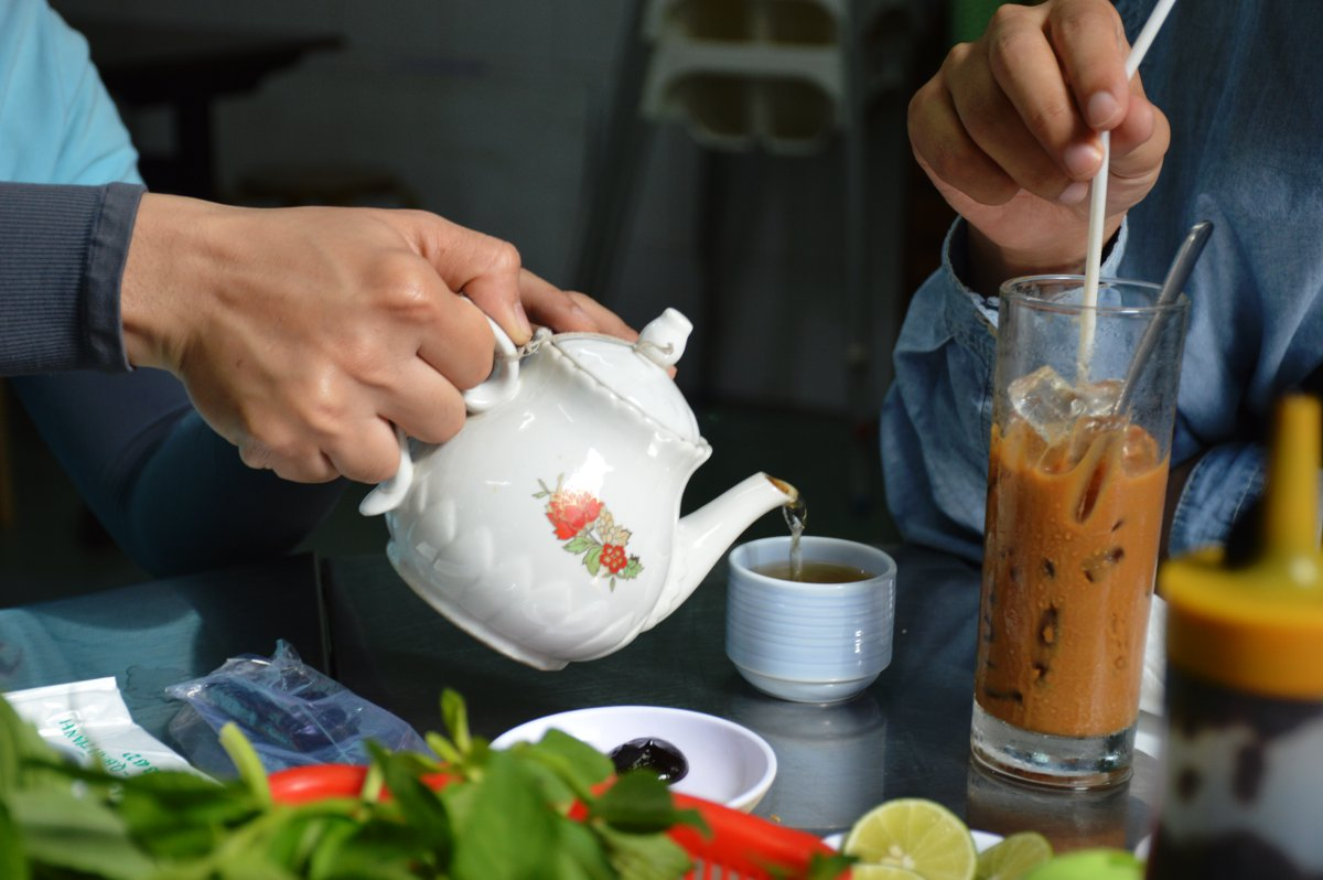 Tea Cafe sua du Vietnam Double-Barrelled Travel