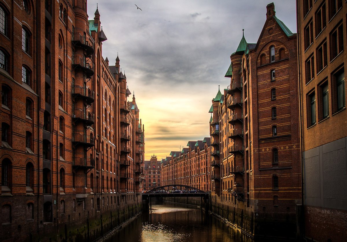 Hamburg canals Double-Barrelled Travel