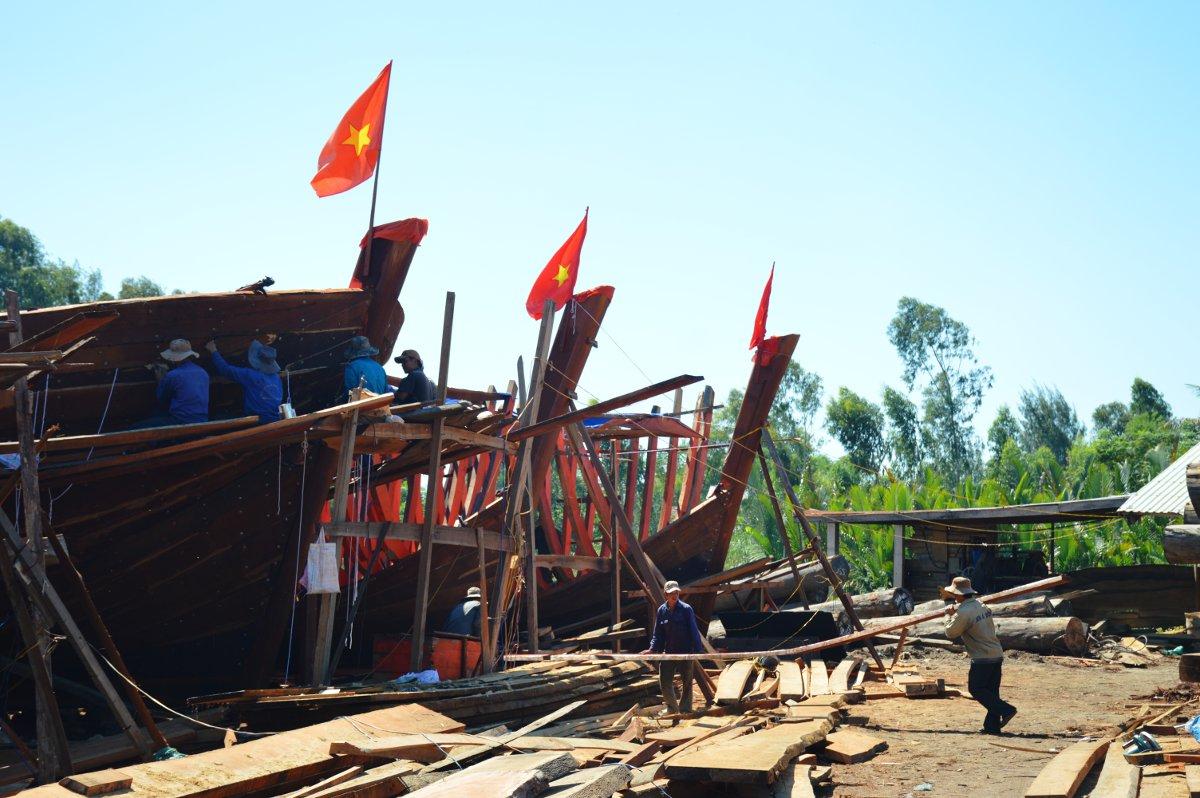 Vietnam Vespa Adventures boat building Double-Barrelled Travel