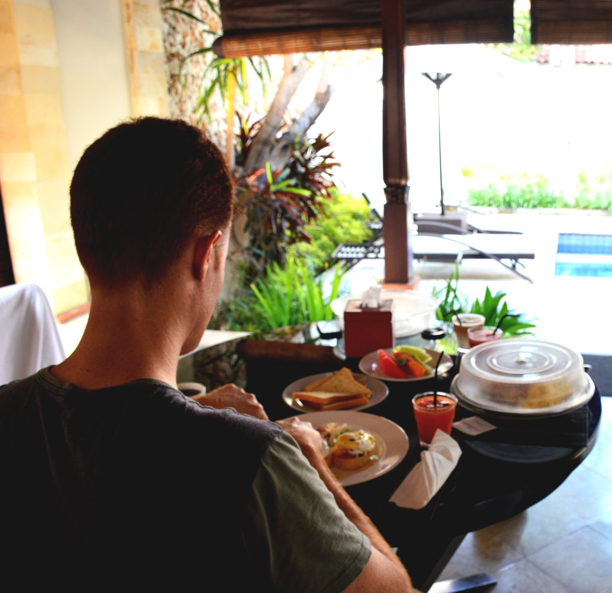 Dining Club Villas Seminyak Double-Barrelled Travel
