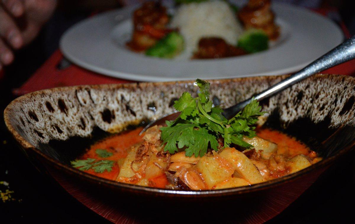 Dinner Centara Watergate Pavillion Bangkok Double-Barrelled Travel