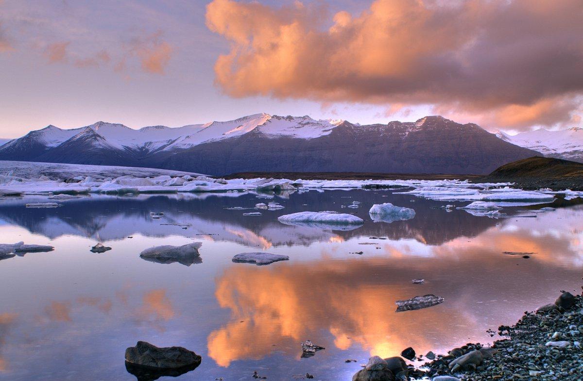 Iceland sunset Double-Barrelled Travel